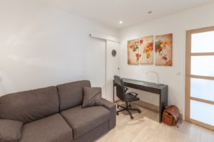 Fully furnished studios and apartments near Clamart City Center, Paris-Porte de Versailles, Versailles City Center and Castle, Issy-Les-Moulineaux, Boulogne Billancourt, Châtillon, Vanves, Malakoff and Paris City Center...